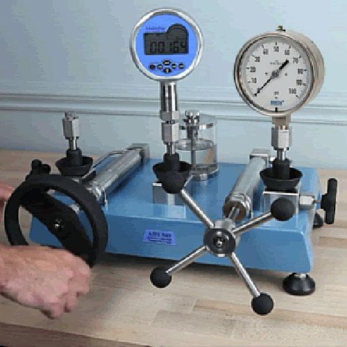 Pressure Test / Calibration Pumps